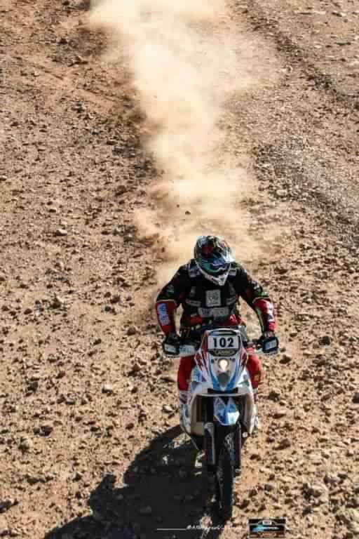 africa-eco-race-2017-d-agoshkov-moto-et-t-magnaldi-auto-vainqueurs-du-jour-130-1.jpg