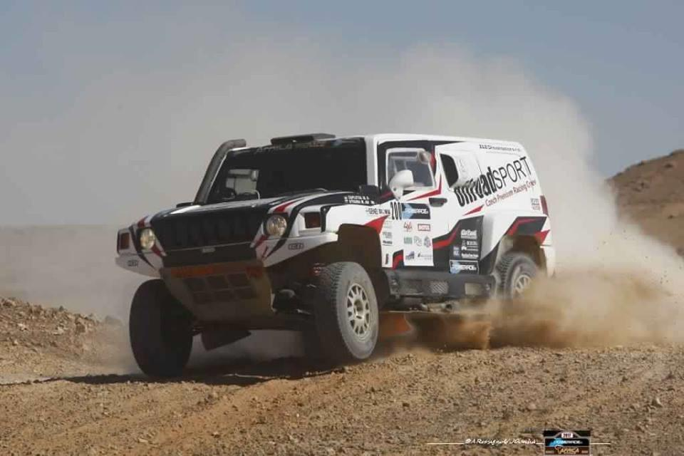 africa-eco-race-2017-d-agoshkov-moto-et-t-magnaldi-auto-vainqueurs-du-jour-130-3.jpg