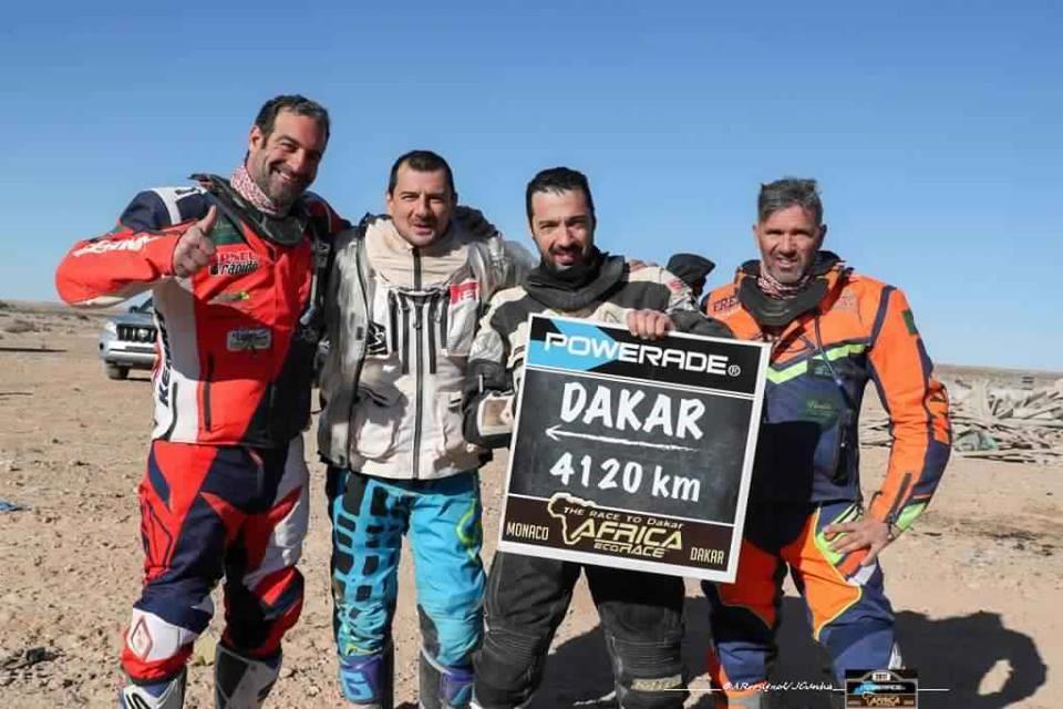 africa-eco-race-2017-d-agoshkov-moto-et-t-magnaldi-auto-vainqueurs-du-jour-130-5.jpg