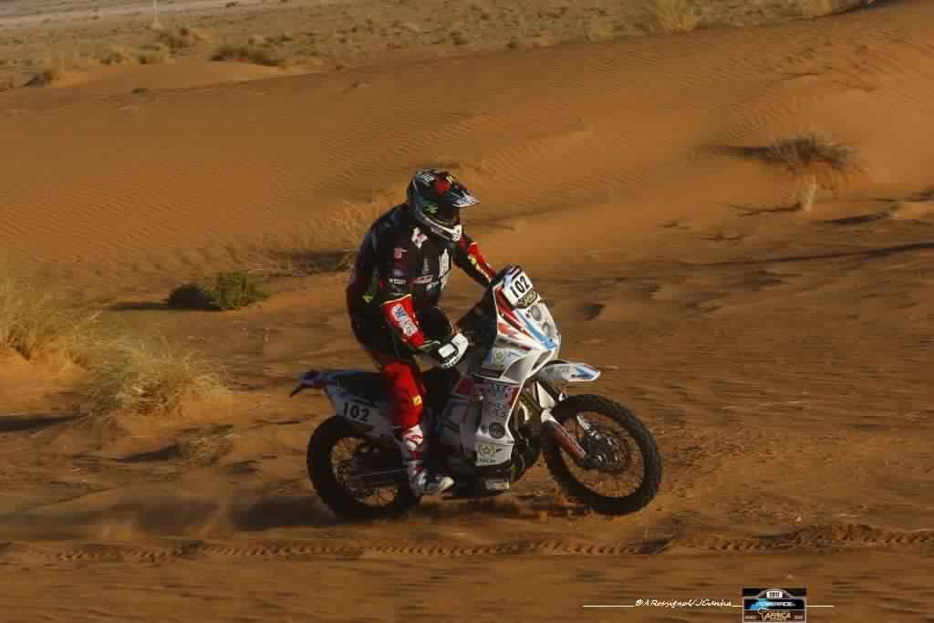 africa-eco-race-2017-vasilyev-prend-les-commandes-serradori-malchanceux-123-5.jpg