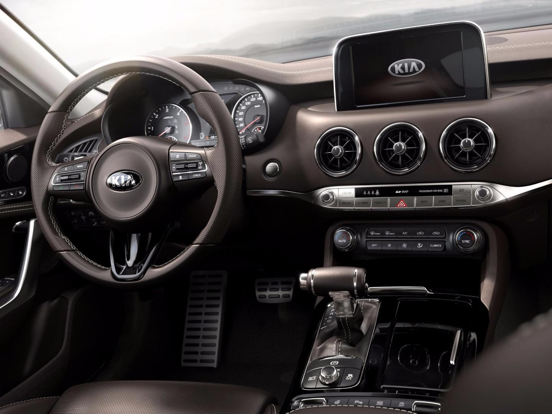 kia-sort-une-nouvelle-voiture-qui-pourrait-bousculer-bmw-et-audi-159-1.jpg