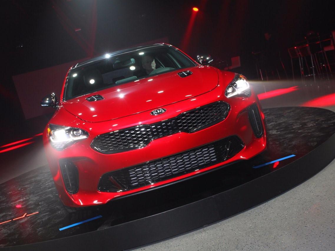 kia-sort-une-nouvelle-voiture-qui-pourrait-bousculer-bmw-et-audi-159-3.jpg
