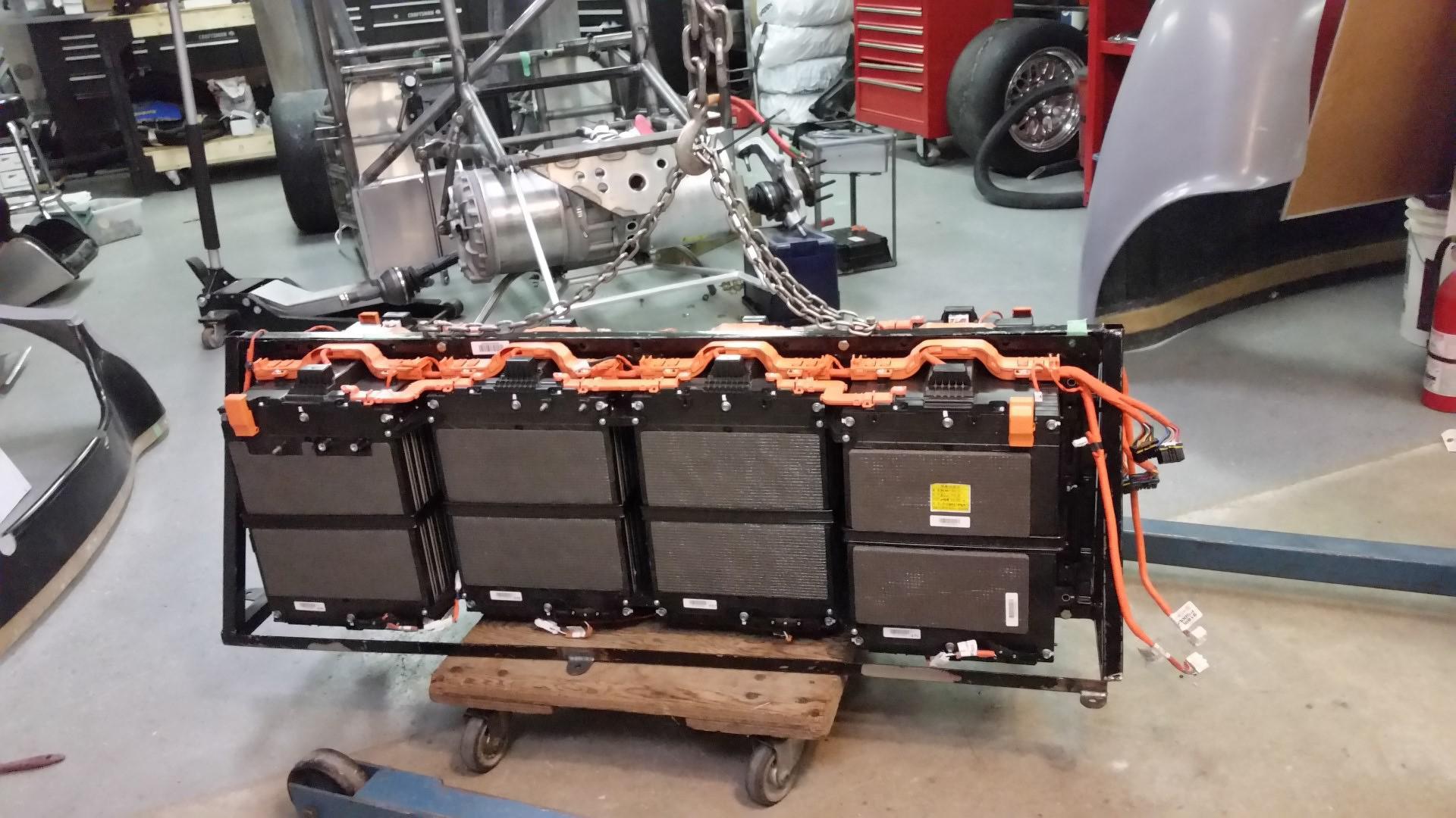 le-grand-changement-moteur-de-tesla-dans-une-cobra-150-4.jpg
