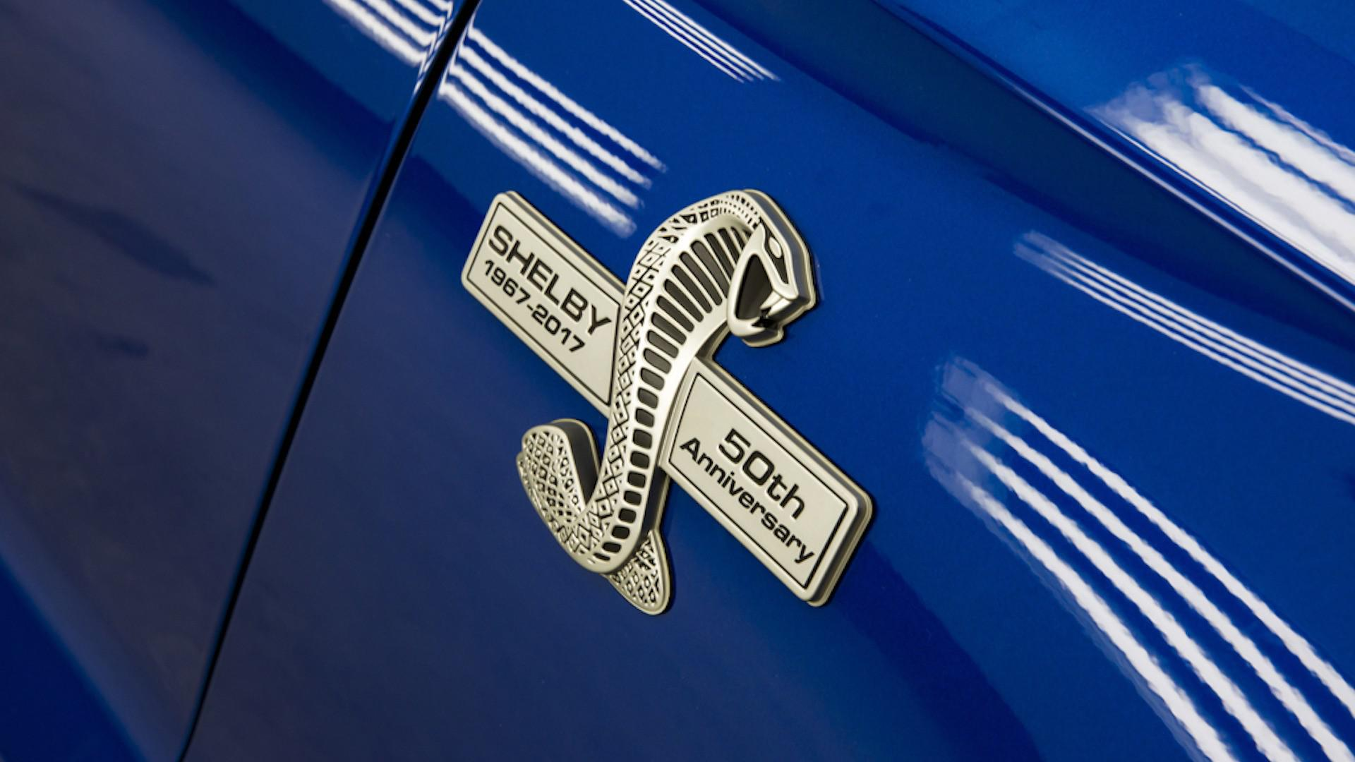 shelby-a-devoile-une-version-super-snake-de-la-mustang-de-750-chevaux-pour-feter-les-50-ans-169-8.jpg