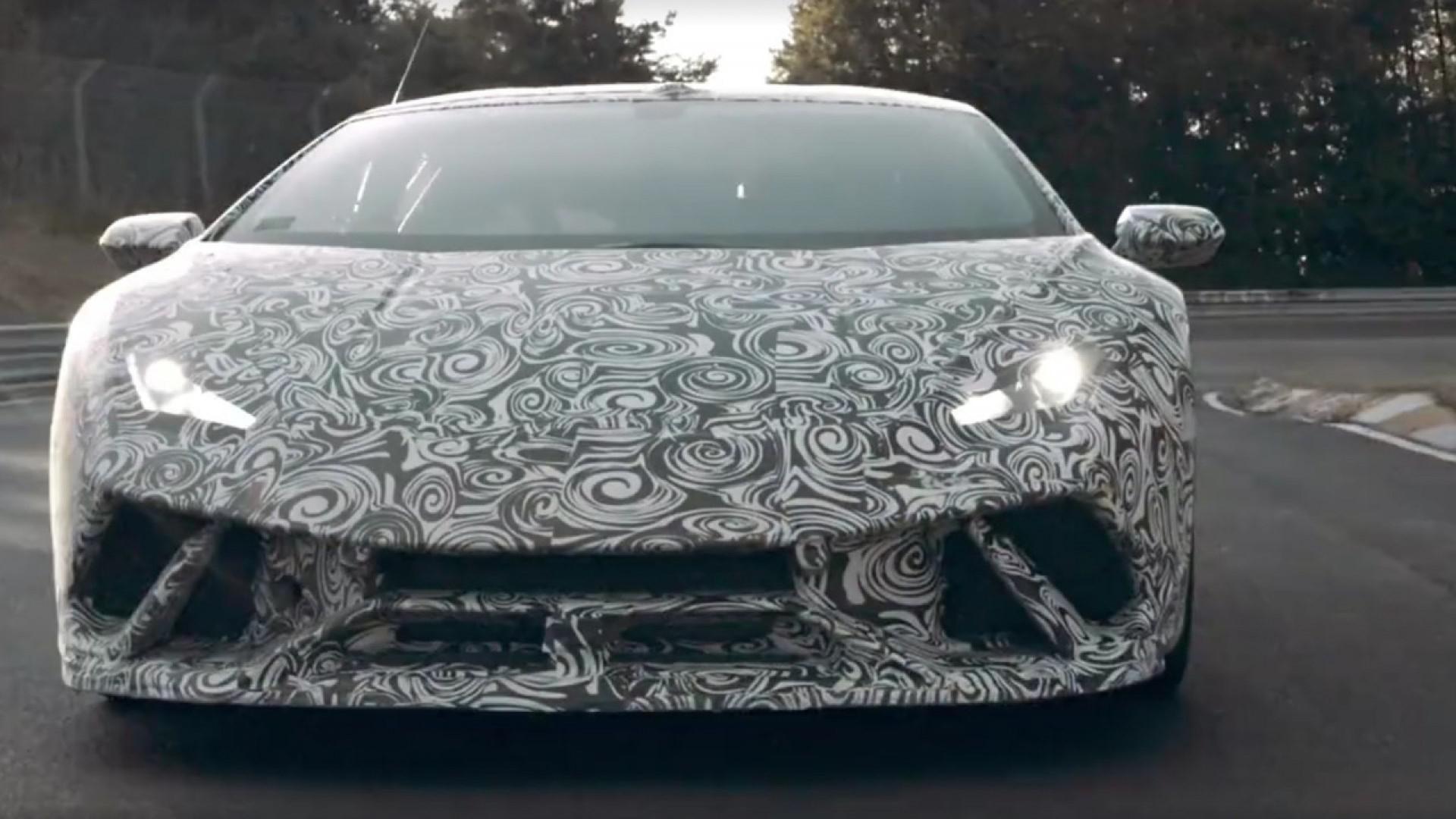 Lamborghini qui annonce son Huracán Performante …..