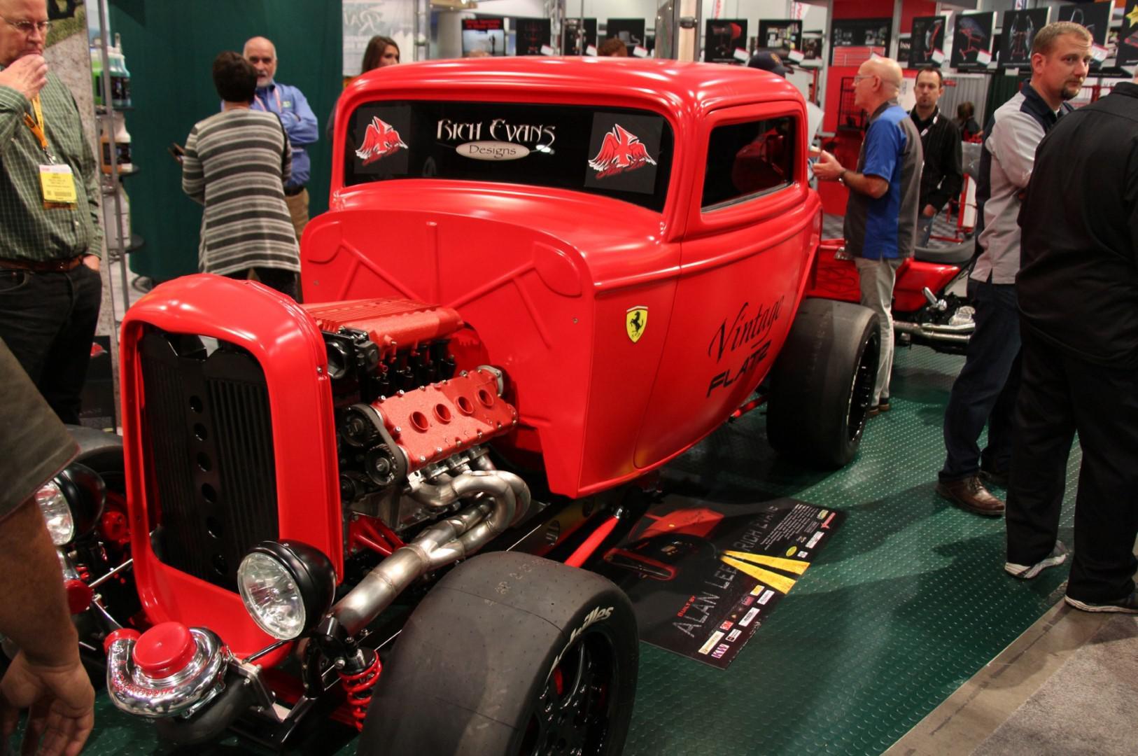 Un Hot Rod avec un moteur Ferrari de 950 chevaux !