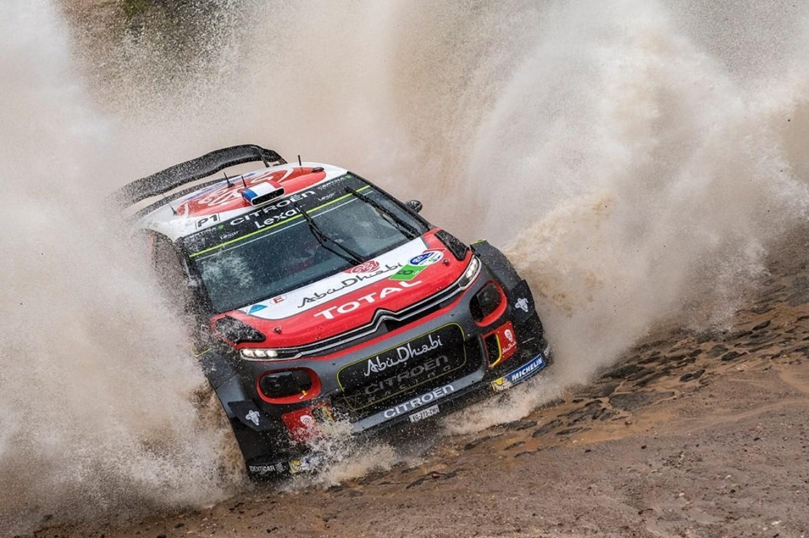 Rallye du Mexique : kris Meeke (Citroën) en tête du rallye.