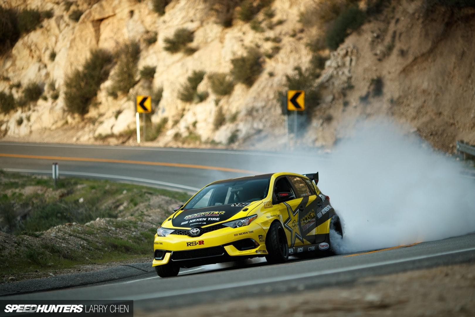 Toyota Auris …..1000 ch se transforme en reine du drift !