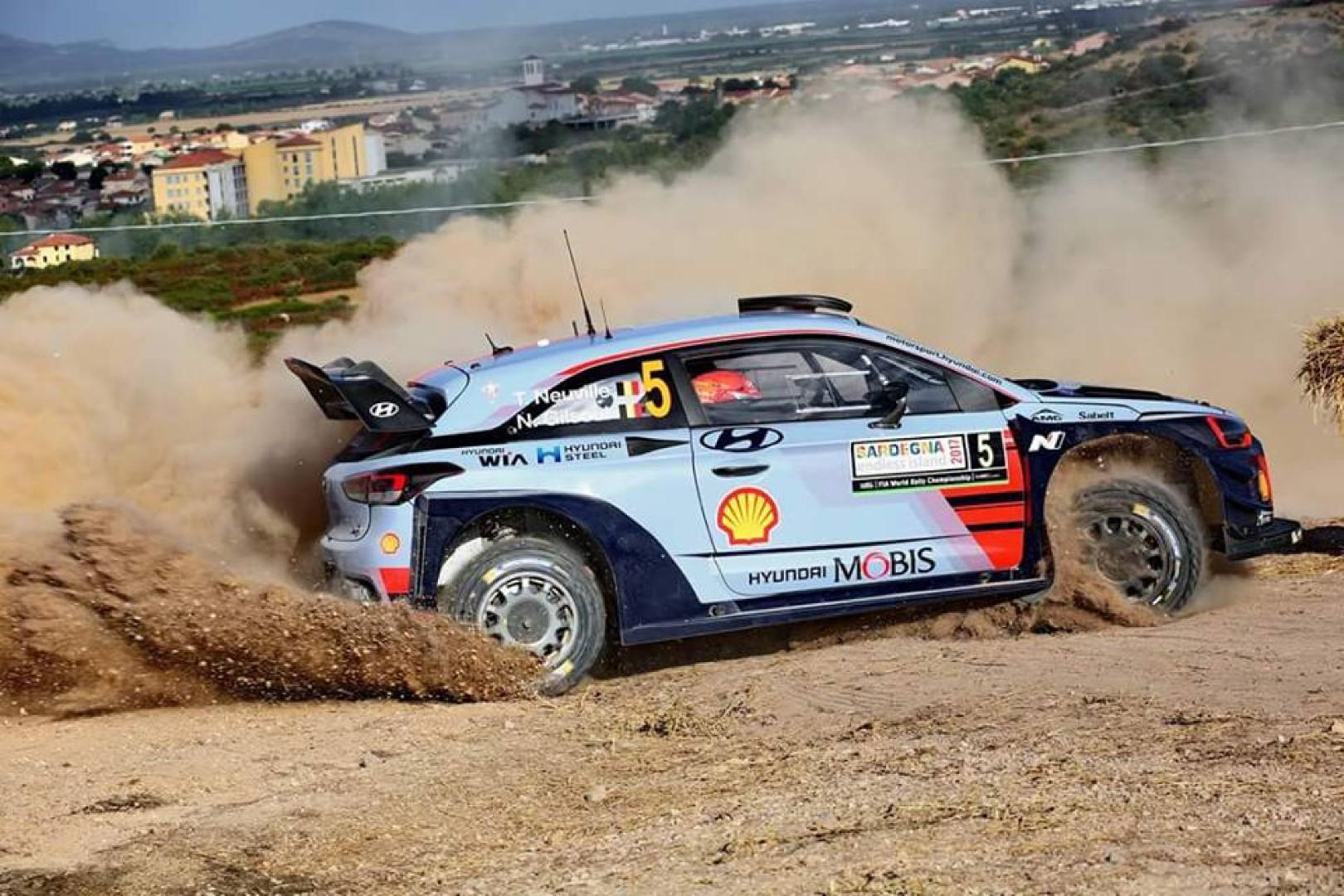 Rallye de Sardaigne : Neuville leader du rallye