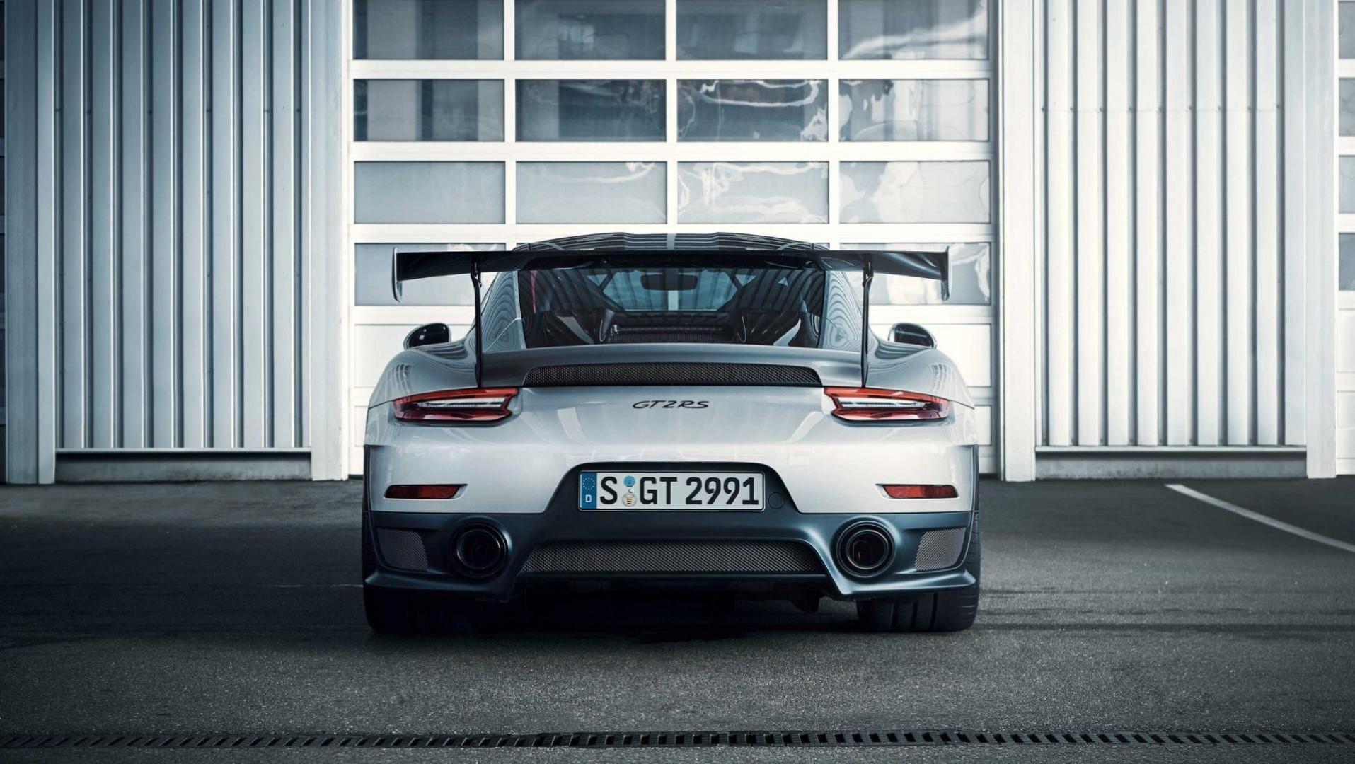 La nouvelle Porsche 911 GT2 RS  atteint les 700 ch !