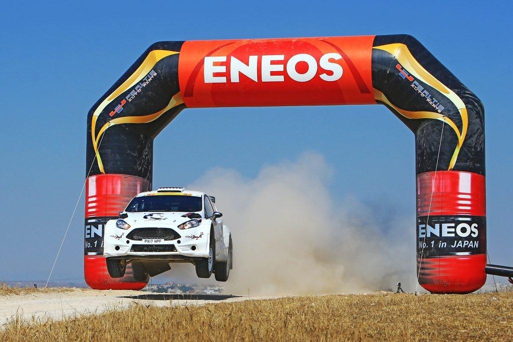 nasser-al-attiyah-gagne-le-rallye-de-chypre-et-10-000-pour-avoir-remporte-la-love-cyprus-golden-stage-348-1.jpg