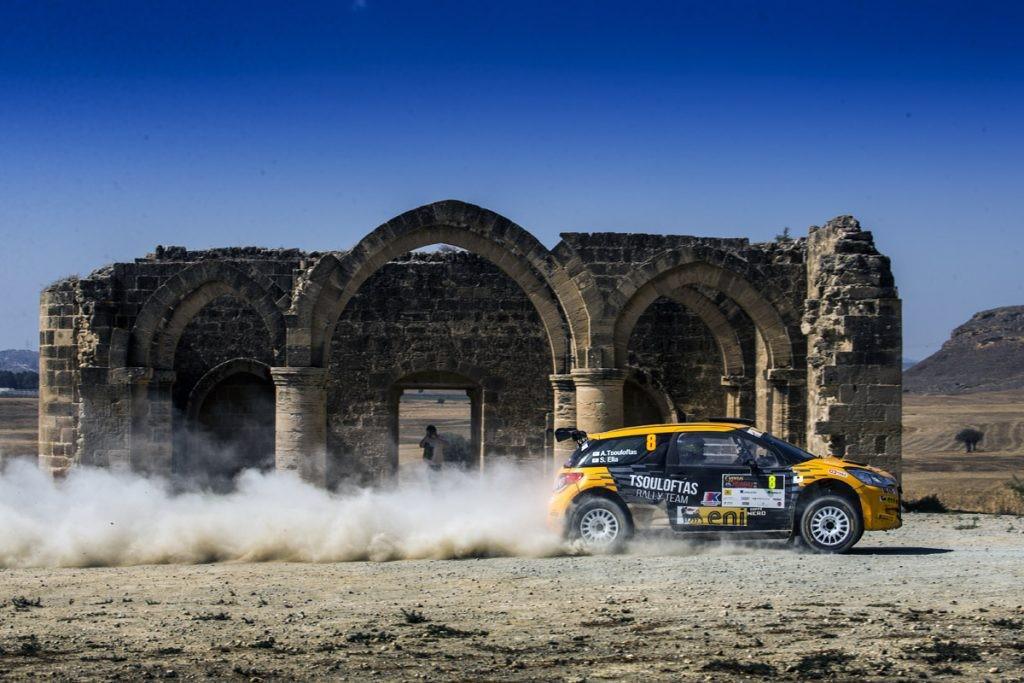 nasser-al-attiyah-gagne-le-rallye-de-chypre-et-10-000-pour-avoir-remporte-la-love-cyprus-golden-stage-348-2.jpg