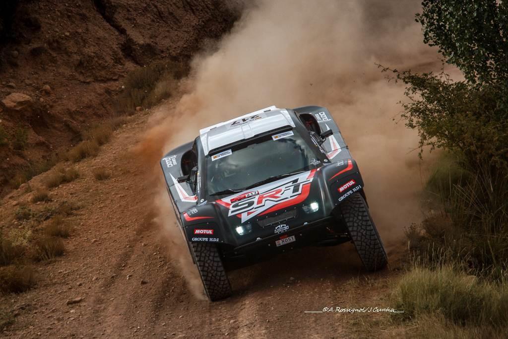baja-aragon-2017-victoire-en-2-roues-motrices-pour-serradori-racing-team-393-1.jpg