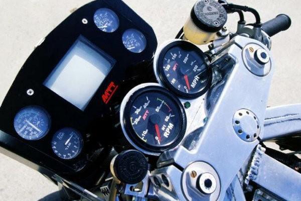 connaissez-vous-les-motos-les-plus-puissantes-368-13.jpg