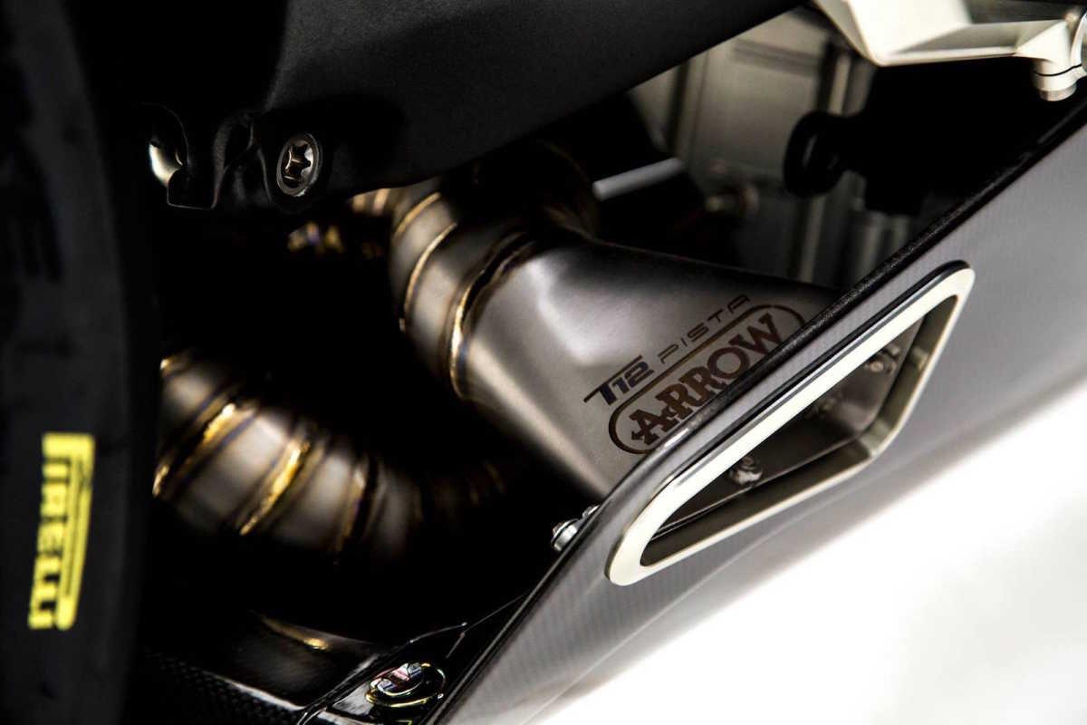 connaissez-vous-les-motos-les-plus-puissantes-368-36.jpg