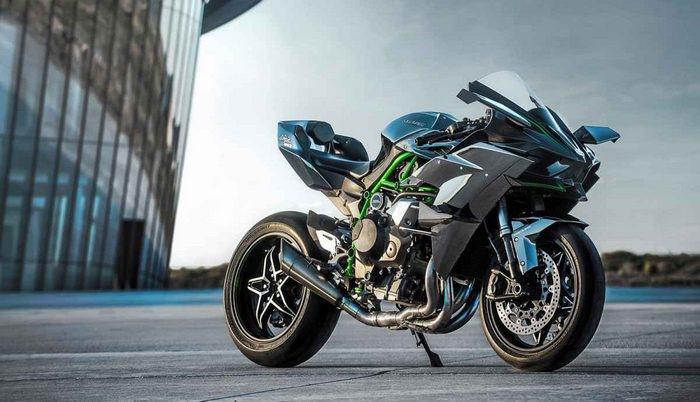 connaissez-vous-les-motos-les-plus-puissantes-368-8.jpg