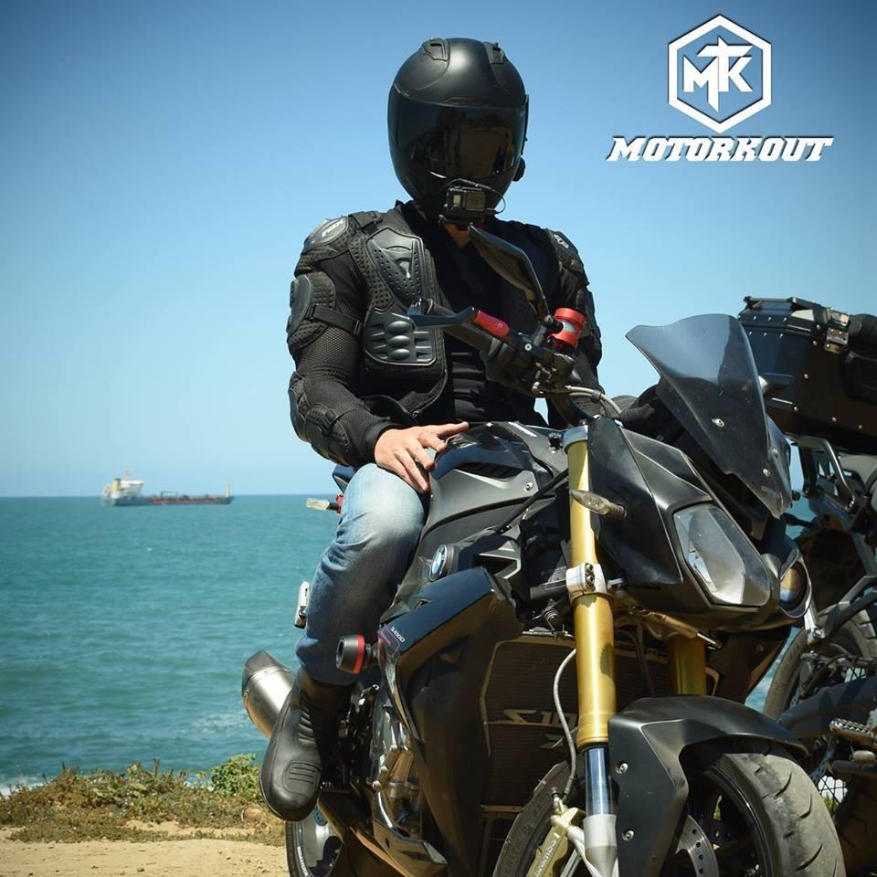 les-motovloggers-marocains-357-2.jpg