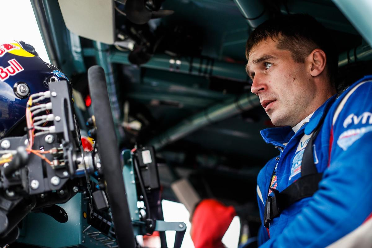 sebastien-loeb-domine-la-4e-etape-du-silk-way-rally-2017-369-1.jpg