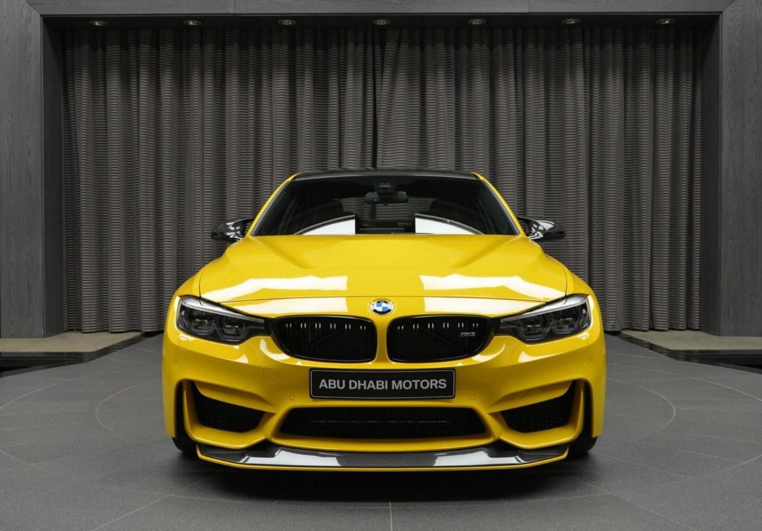 BMW M3 Speed Yellow avec M Performance à l'esprit de M4 GTS