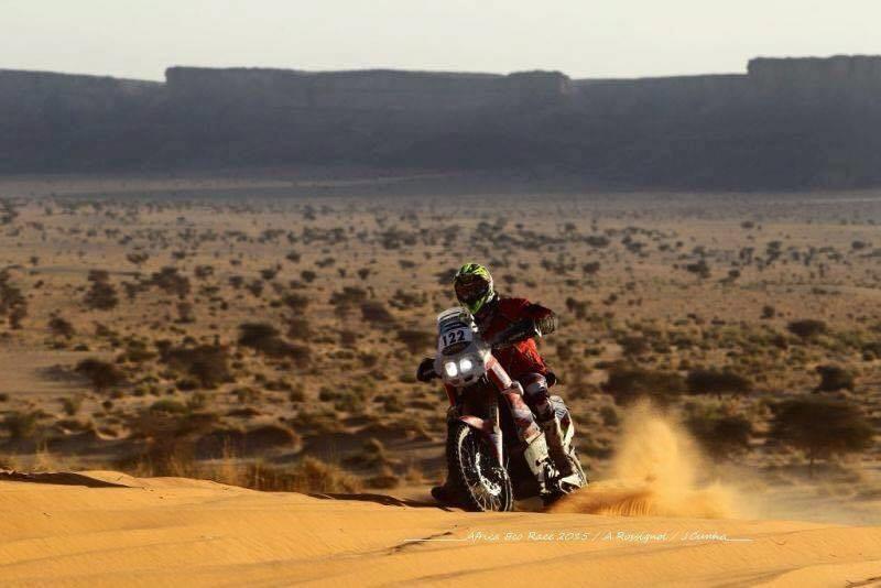 julien-sanchez-de-retour-a-l-africa-eco-race-405-3.jpg