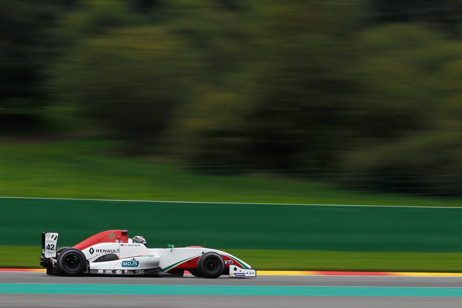 2eme-au-championnat-le-marocain-benyahia-se-replace-dans-la-course-au-titre-nec-formule-renault-2-0-425-5.jpg