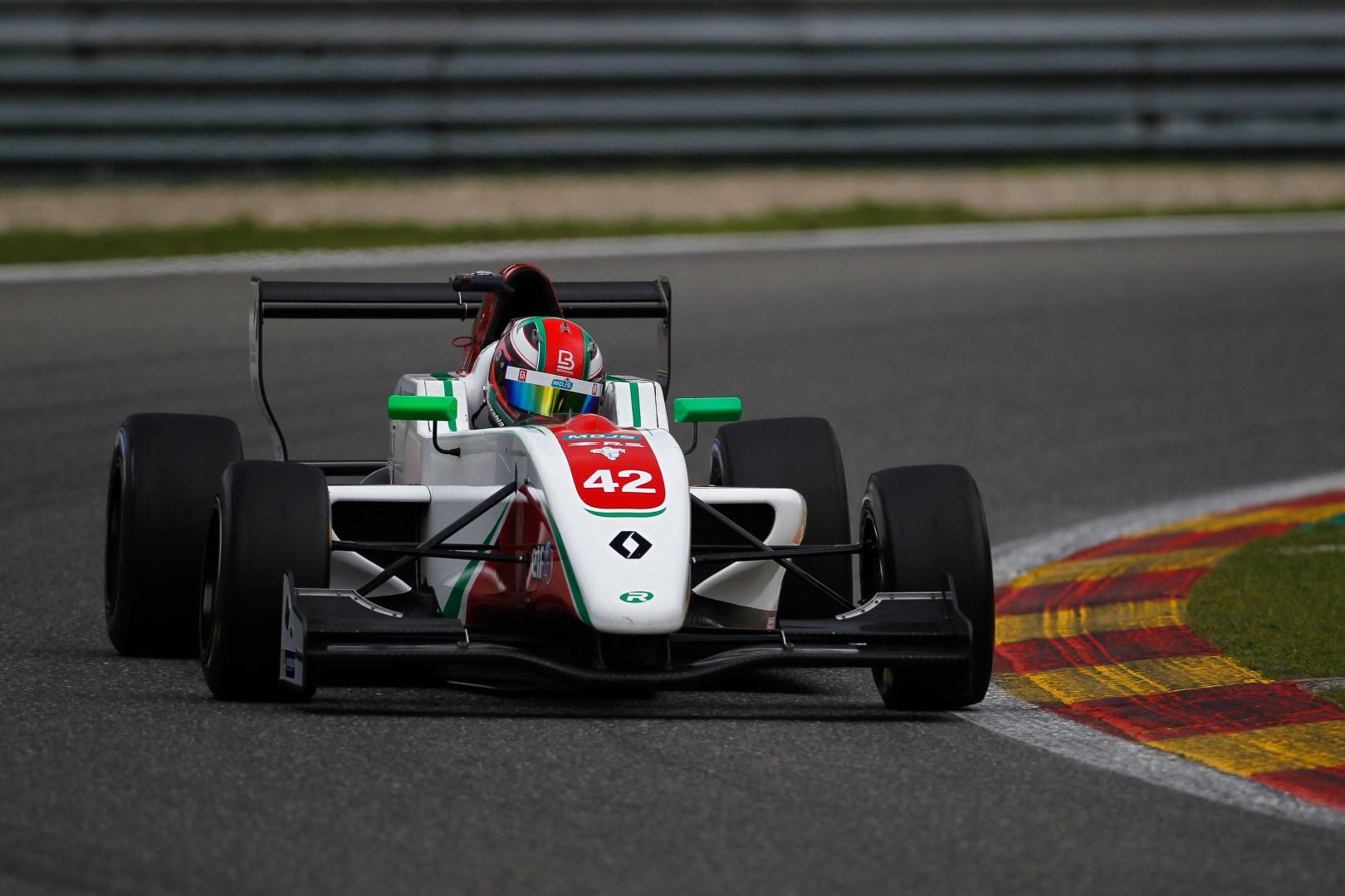 2eme-au-championnat-le-marocain-benyahia-se-replace-dans-la-course-au-titre-nec-formule-renault-2-0-425-7.jpg