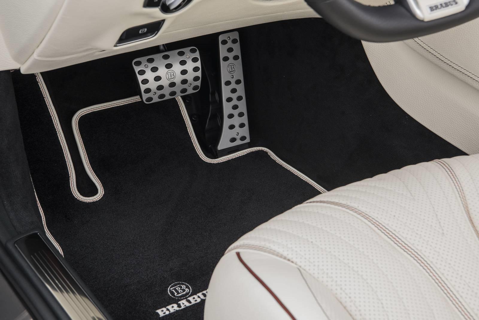 le-cabriolet-4-places-le-plus-puissant-et-le-plus-rapide-au-monde-brabus-rocket-900-cabriolet-411-13.jpg