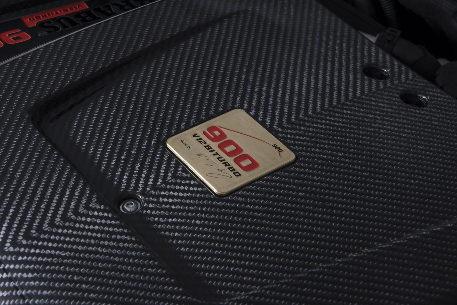 le-cabriolet-4-places-le-plus-puissant-et-le-plus-rapide-au-monde-brabus-rocket-900-cabriolet-411-14.jpg