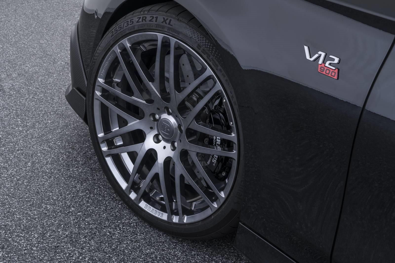 le-cabriolet-4-places-le-plus-puissant-et-le-plus-rapide-au-monde-brabus-rocket-900-cabriolet-411-5.jpg