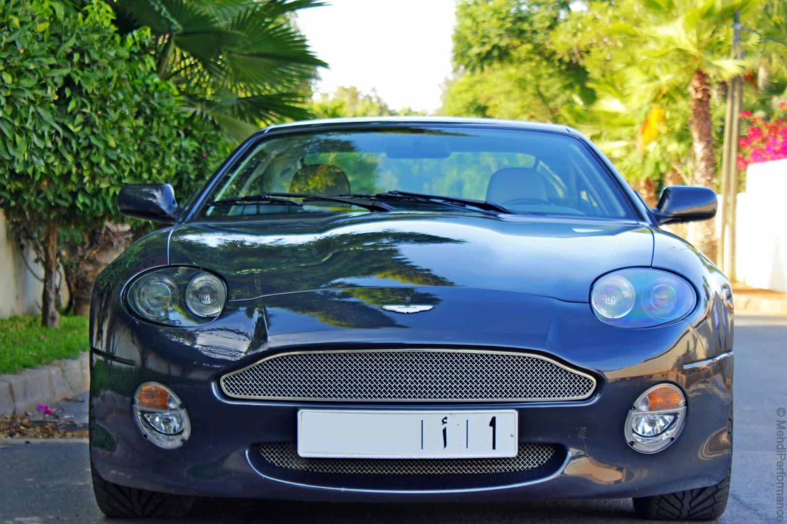 db7-vantage-l-une-des-rares-aston-martin-au-maroc-431-2.jpg