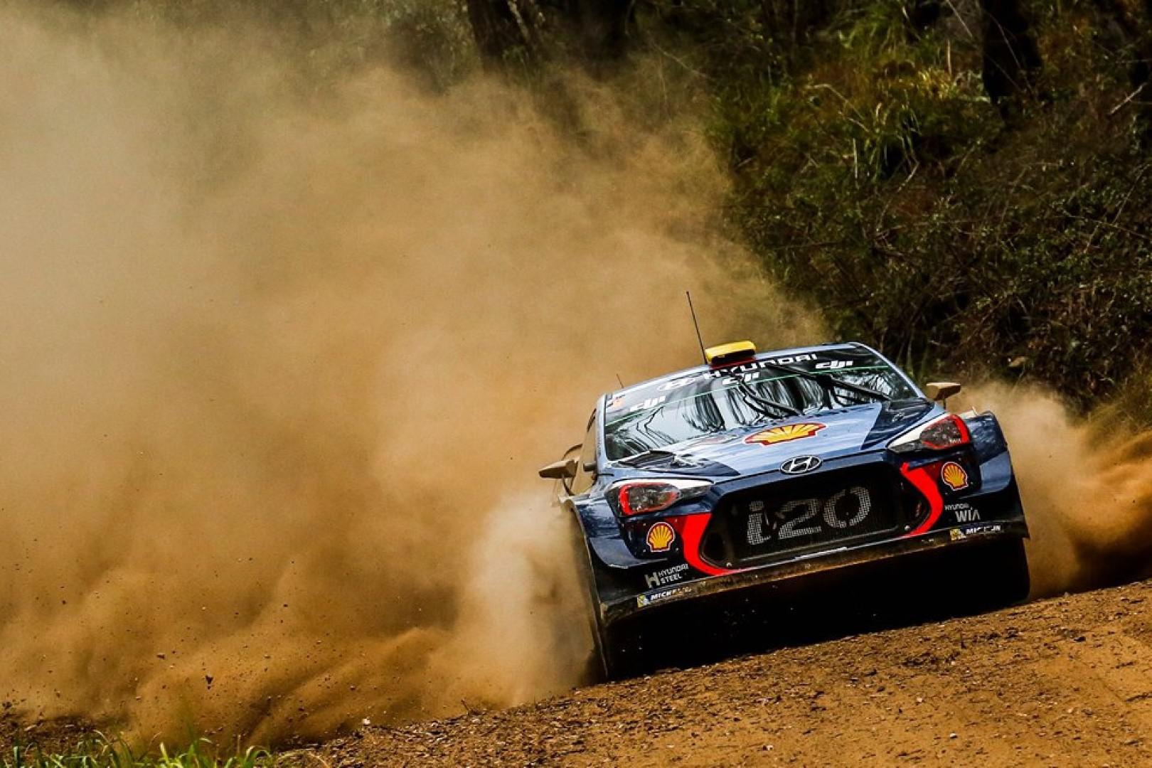 Rallye d'Australie 2017 : Mikkelsen abandonne, Neuville leader.