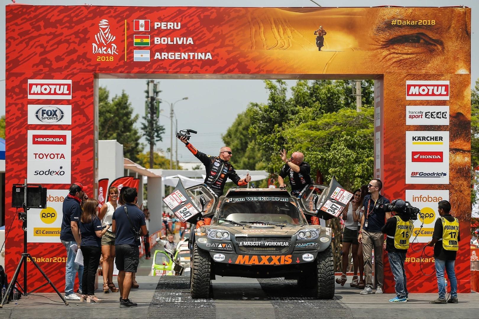 Le pilote WTCC Tom Coronel a terminé le Dakar
