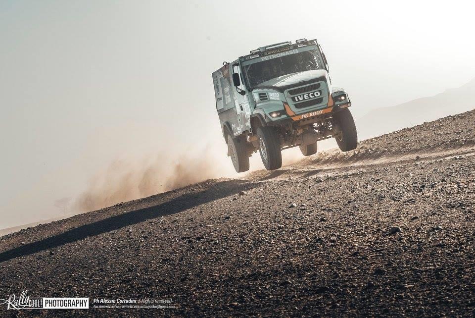 africa-eco-race-2018-vasilyev-serradori-le-duel-544-2.jpg