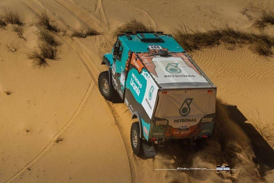 africa-eco-race-2018-vladimir-vasilyev-rus-mini-et-paolo-ceci-ita-ktm-en-patrons-556-2.jpg