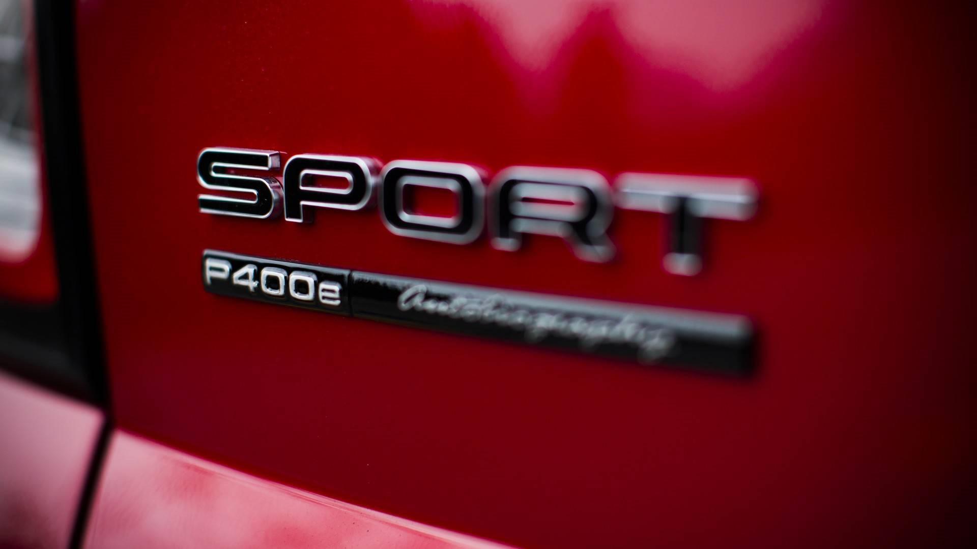 incroyable-record-999-marches-a-450-en-land-rover-sport-p400e-633-5.jpg