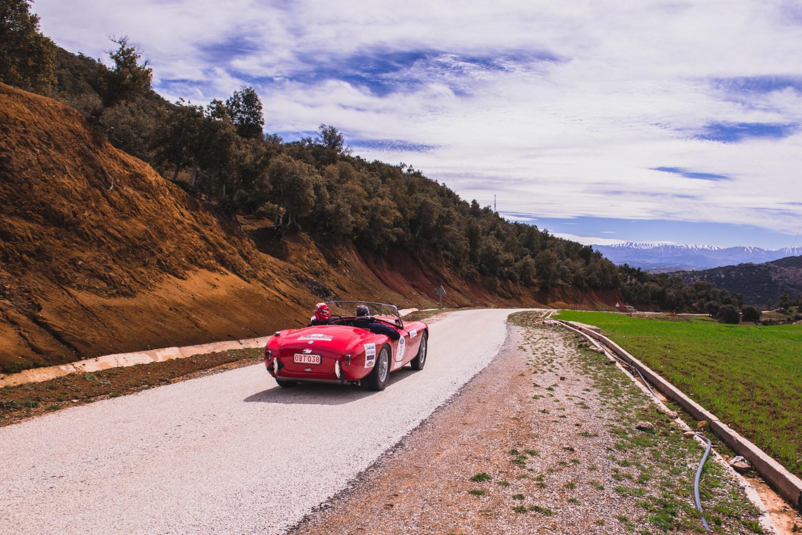 victoire-marocaine-pour-le-25eme-anniversaire-du-rallye-maroc-classic-680-6.jpg