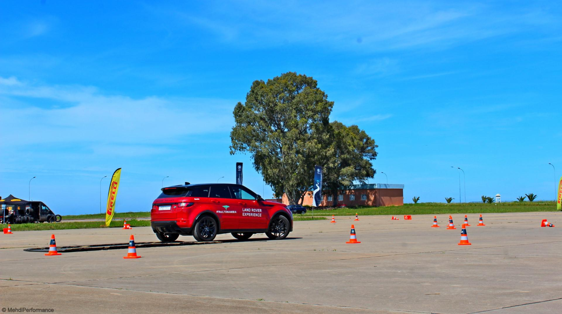 jaguar-amp-land-rover-experience-734-4.jpg