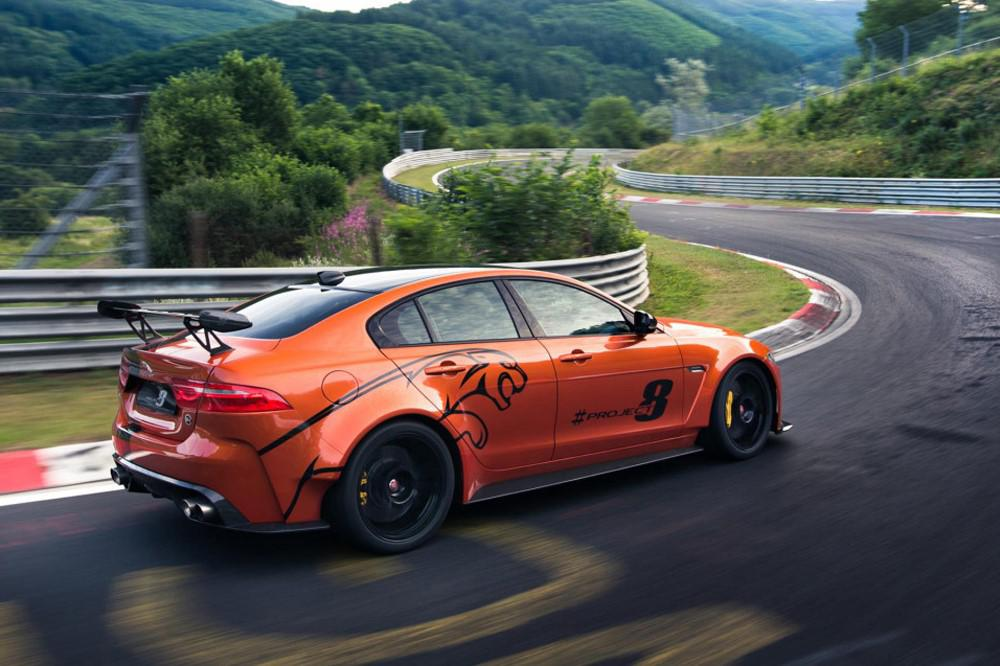 jaguar-xe-sv-project-8-300-exemplaires-de-la-berline-la-plus-rapide-jamais-realisee-par-jaguar-verront-le-jour-765-4.jpg