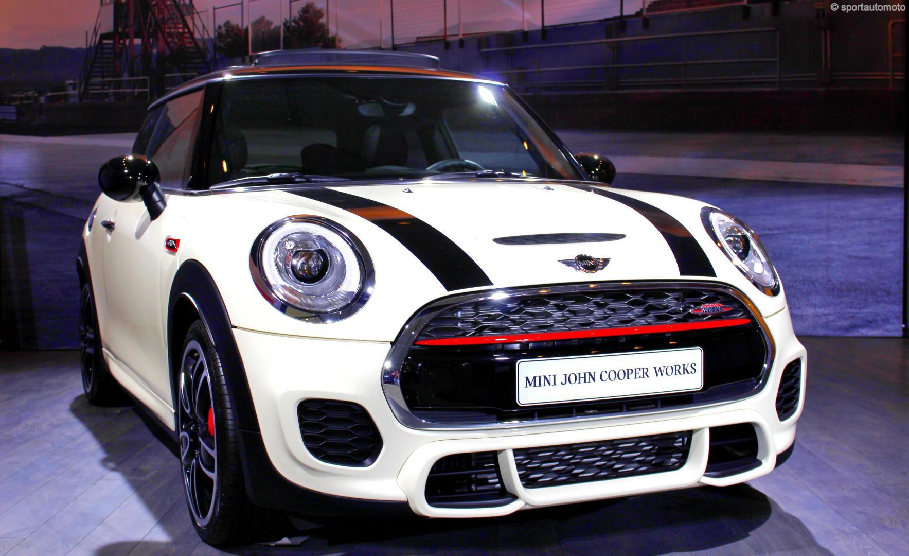 les-voitures-de-sports-de-l-auto-expo-750-41.jpg