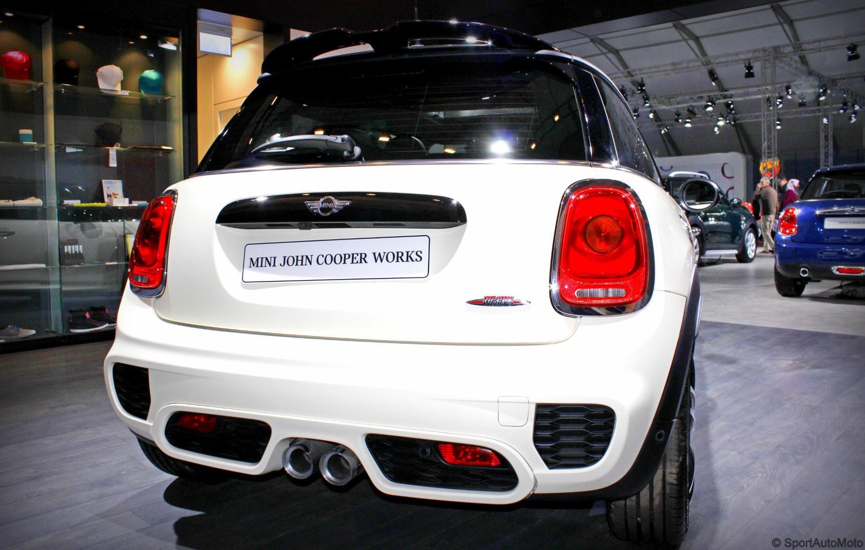 les-voitures-de-sports-de-l-auto-expo-750-43.jpg