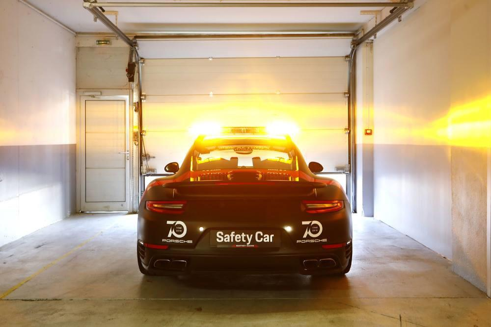 porsche-911-turbo-safety-car-du-fia-wec-et-des-24-heures-du-mans-jusqu-en-2020-733-2.jpg