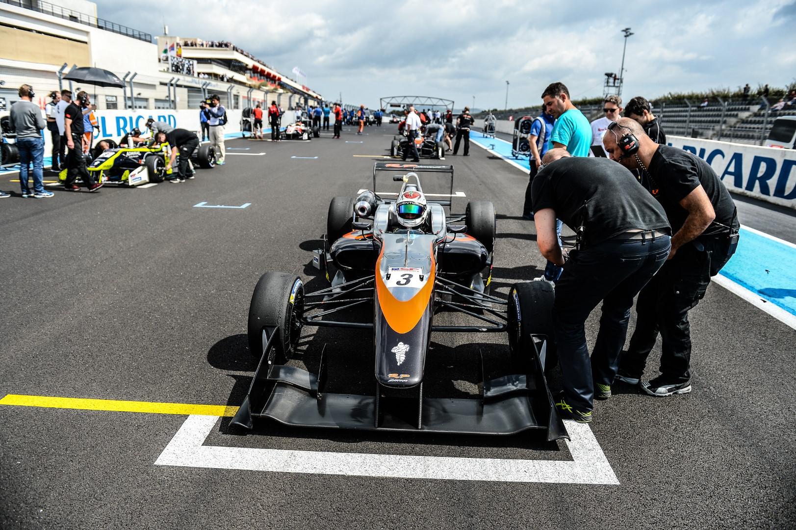 benyahia-un-premier-podium-en-formule-3-778-1.jpg
