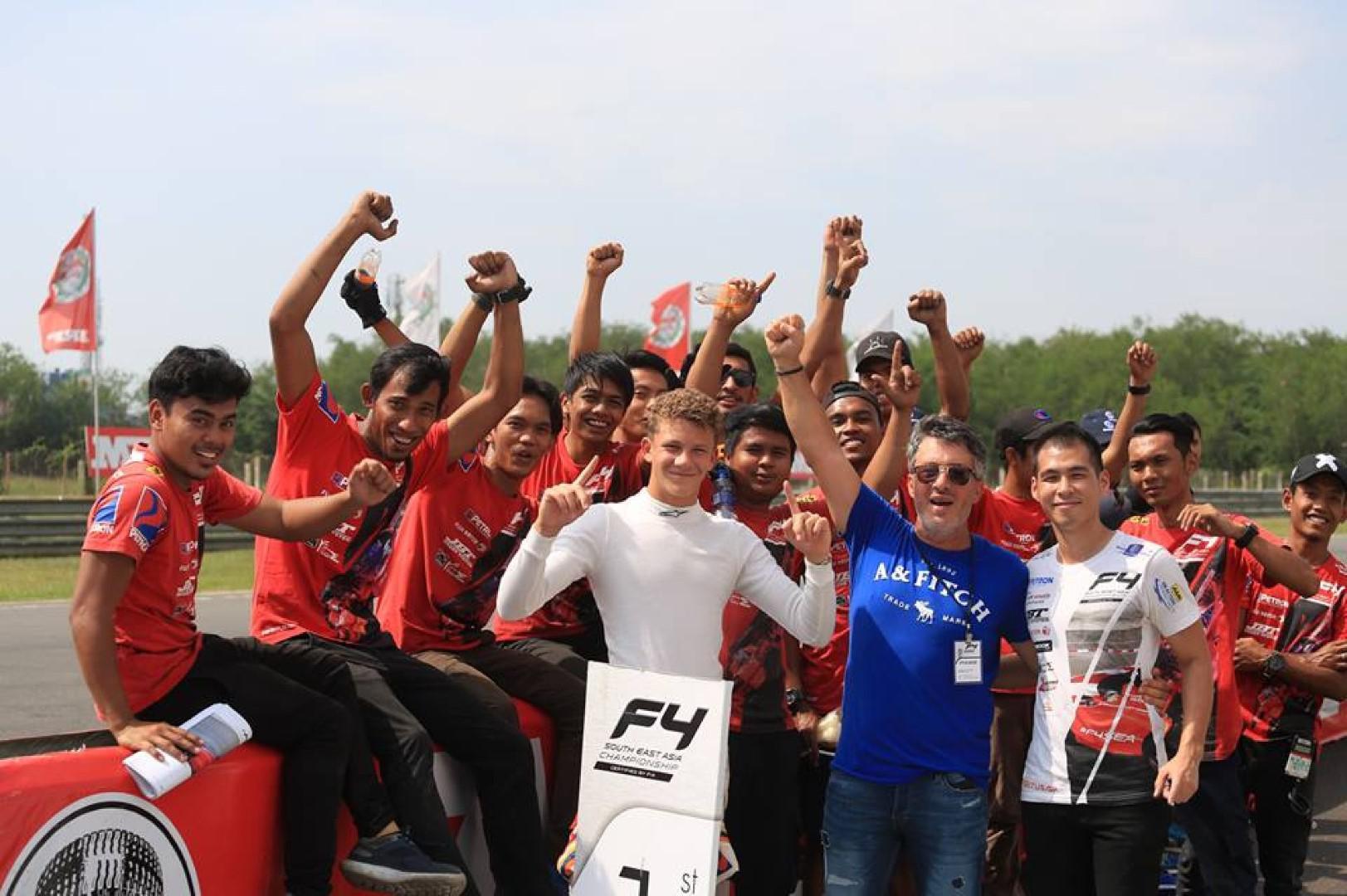 Alessandro Ghiretti prend la tête du championnat
