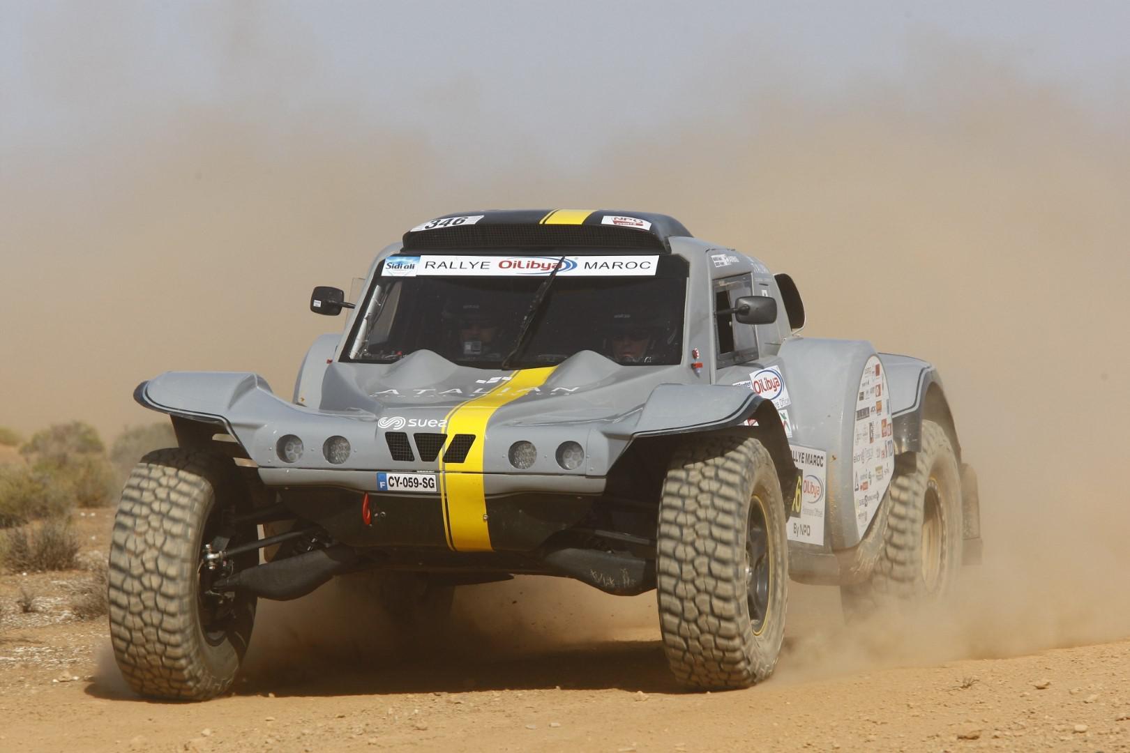 L'équipe Objectif dunes : de l'aéronautique au désert !!