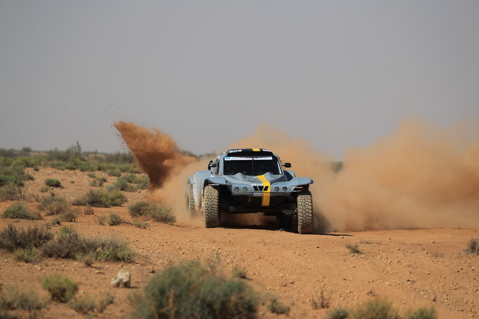 l-equipe-objectif-dunes-de-l-aeronautique-au-desert-878-1.jpg