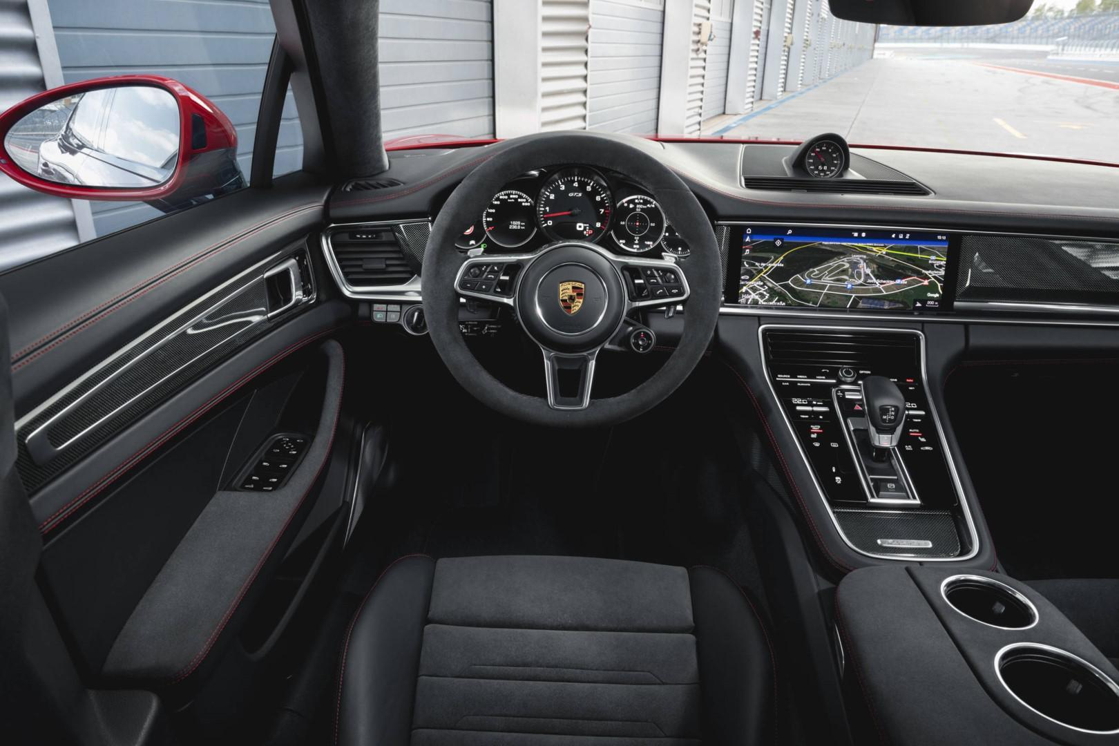 porsche-panamera-version-gts-un-chassis-retravaille-et-un-v8-de-460-chevaux-sous-le-capot-893-3.jpg