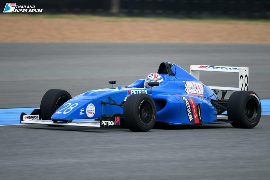 alessandro-ghiretti-au-thailande-manches-5-et-6-5-victoires-sur-6-courses-913-2.jpg