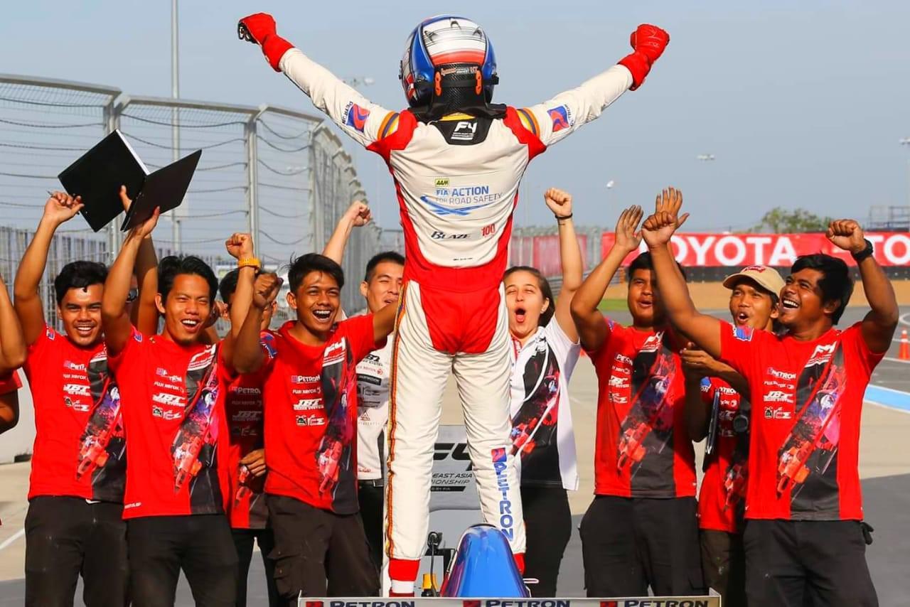 alessandro-ghiretti-au-thailande-manches-5-et-6-5-victoires-sur-6-courses-913-4.jpg