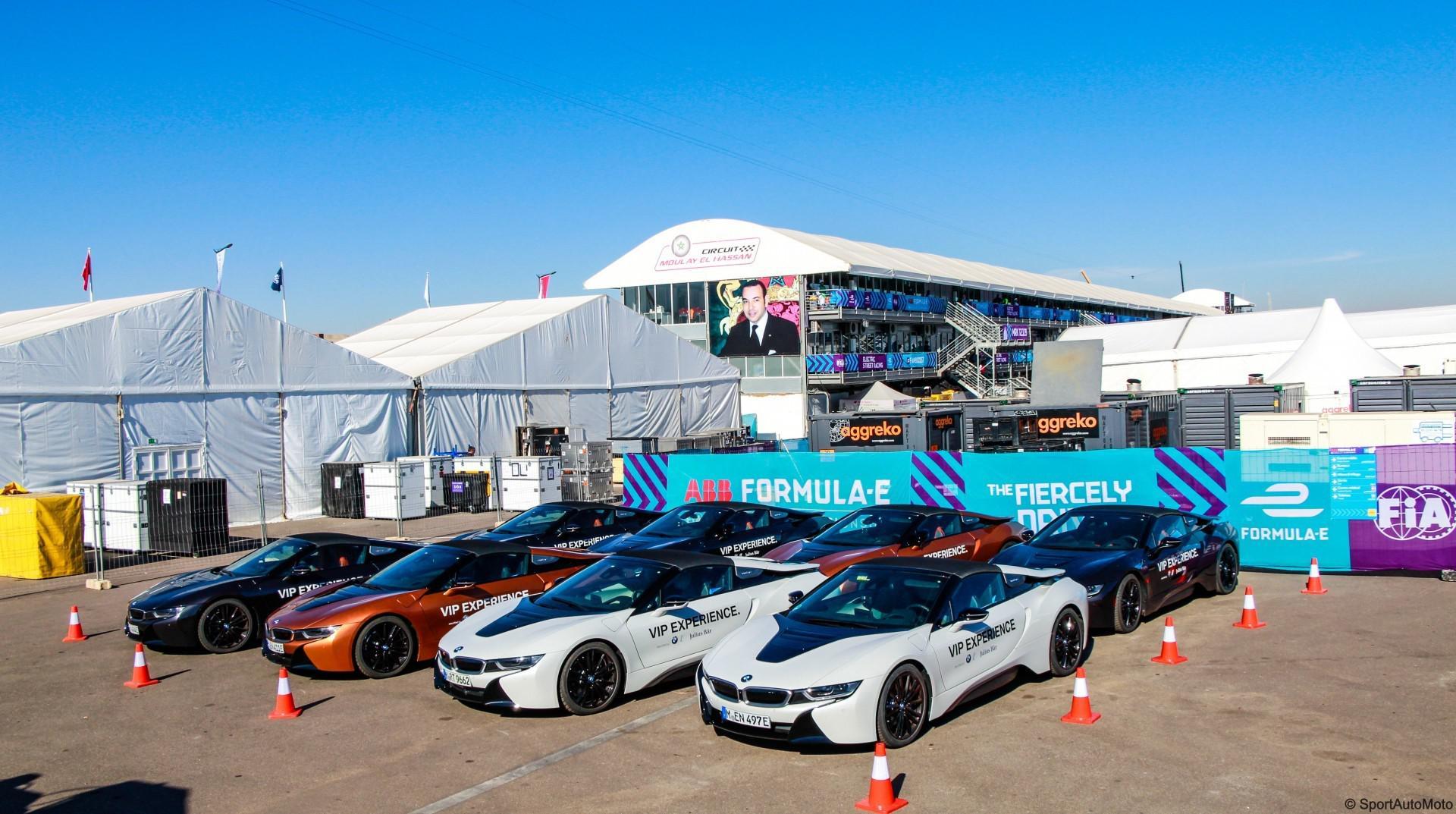 Nous avons testé la BMW i8 Roadster sur circuit