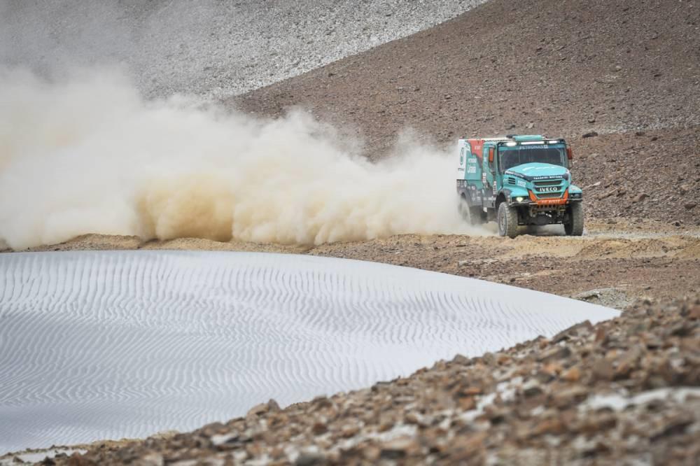 dakar-2019-deuxieme-victoire-d-etape-pour-al-attiyah-966-4.jpg